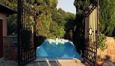 Travaux de terrassement pour une piscine creusée dans le 93